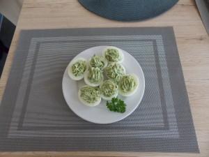 jaja faszerowane na zielono