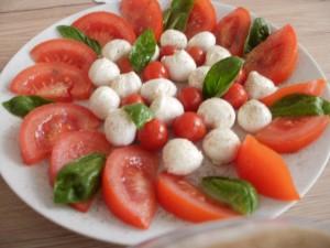 pomidory mozzarella sos