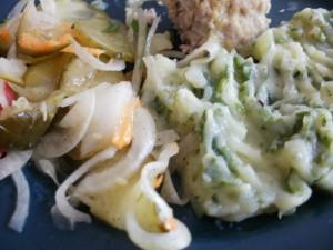 ziemniaki z jarmużem