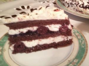 tort szwarcwaldzki z frużeliną