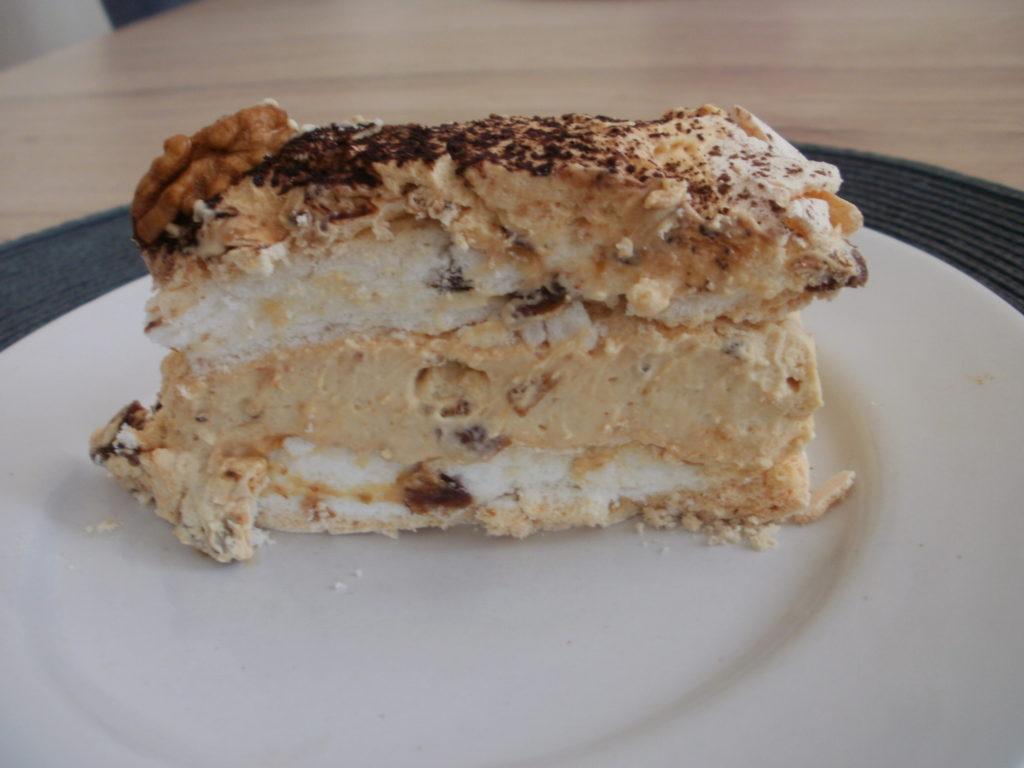 Tort dacquoise bezowy z daktylami i orzechami almanka w for What to do with mascarpone