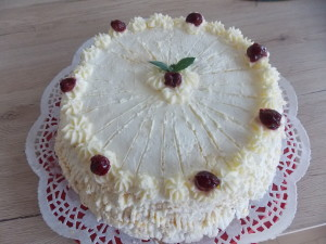 tort bezowy hiszpański