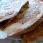 tortilla z kurczakiemi pomidorami suszonymi