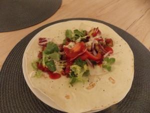 tortilla z kurczakiem gyros