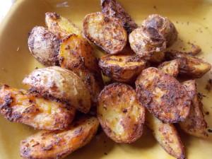 ziemniaki z piekarnika w mundurkach