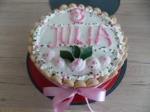 tort truskawkowy z galaretką - Juli