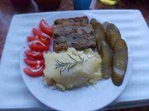 Pieczeń z mięsa mielonego a'la salceson
