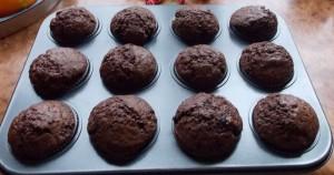 muffinki czekoladowe z granatem (2b)