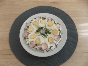 jajka w sosie rzodkiewkowym