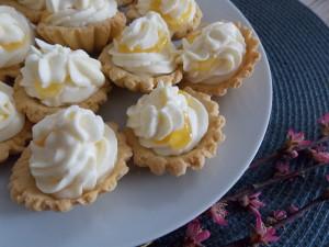 kruche babeczki z kremem lemon curd (2)