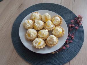 kruche babeczki z kremem lemon curd