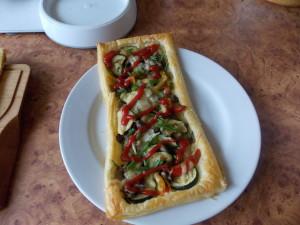 pizza na fr cieście z piecz i cukinia (2)