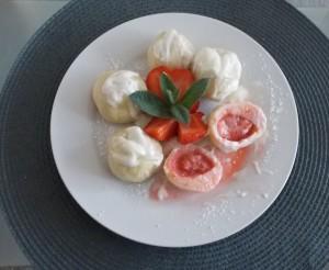 knedle serowe z kaszą manna i truskawkami2