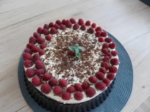 sernik na zimno czekoladowy z malinami (2)