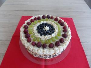 tort bialy z owocami (2)