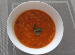 zupa pomidorowa puszka1