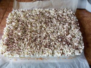 ciasto-cytrynowe-jabluszko-pod-serowa-czapa