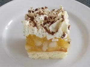 ciasto-cytrynowe-jabluszko-pod-serowa-czapa-3a
